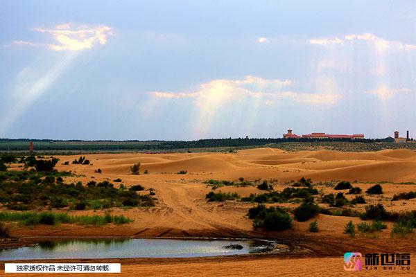 震撼视觉冲击:跟随摄影师走进乌兰布和沙漠